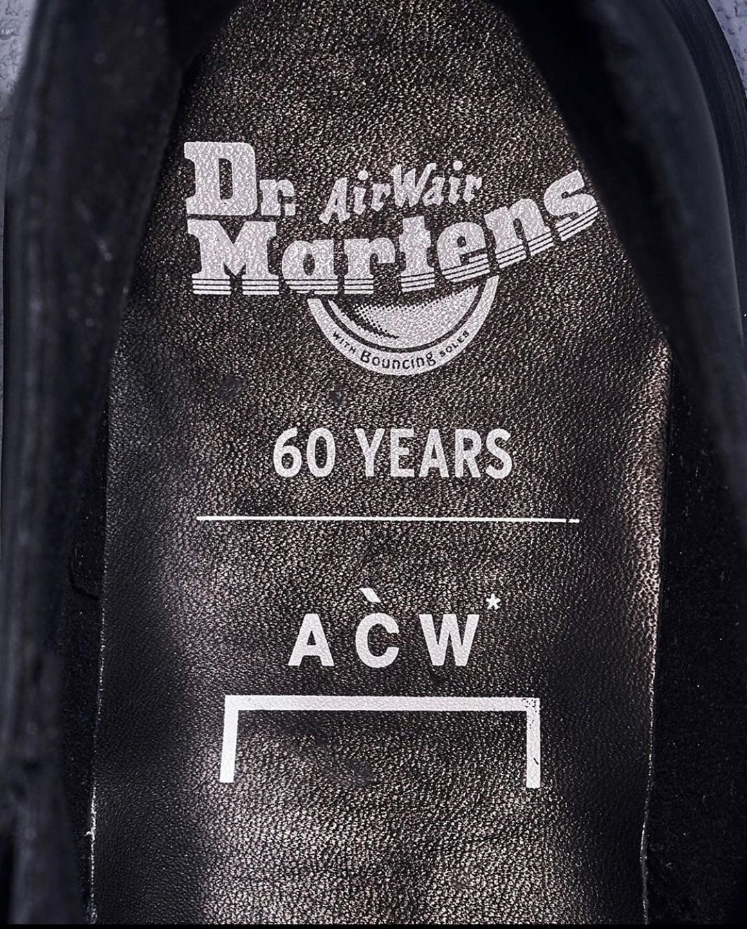 A-COLD-WALL Dr Martens loghi