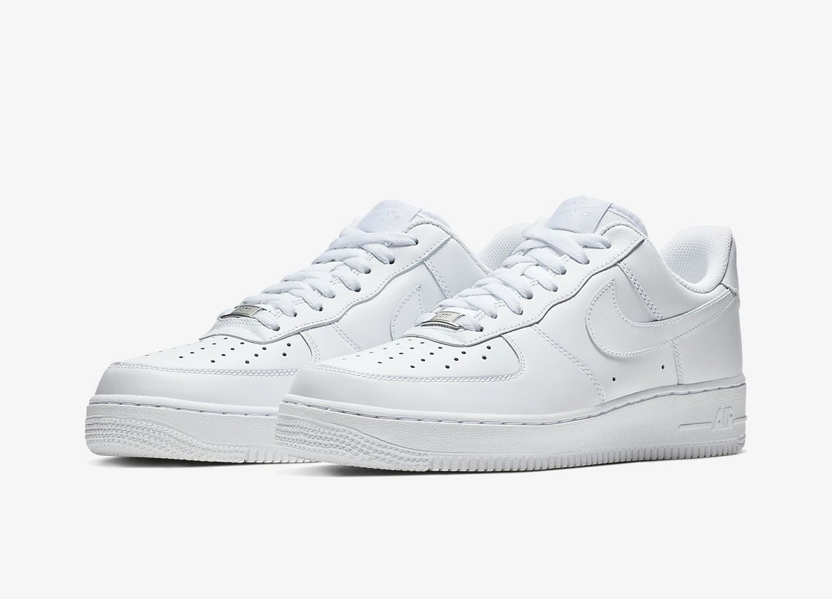 "Air Force 1 Low ""Triple White"""