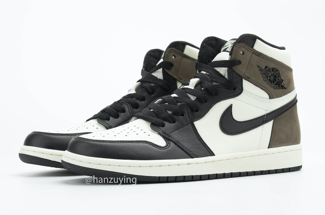 Air Jordan 1 High Dark Mocha paio