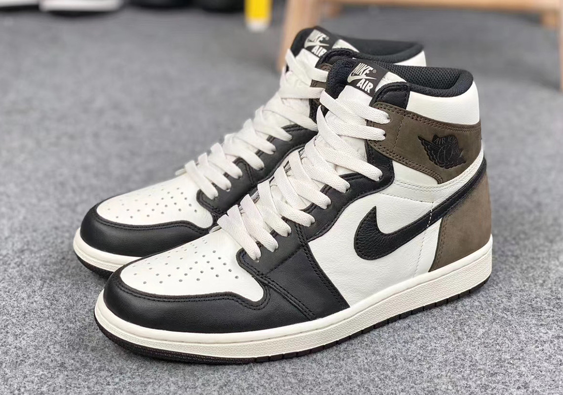 "prezzo Air Jordan 1 High ""Dark Mocha"""
