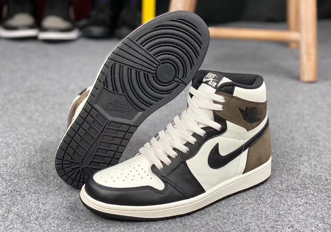 Air Jordan 1 High Dark Mocha dettaglio suola