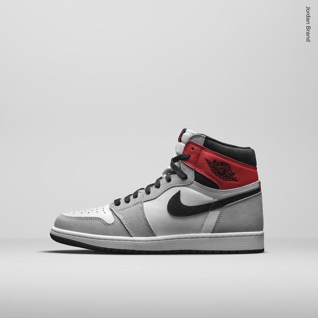 Air Jordan 1 High Light Smoke Grey