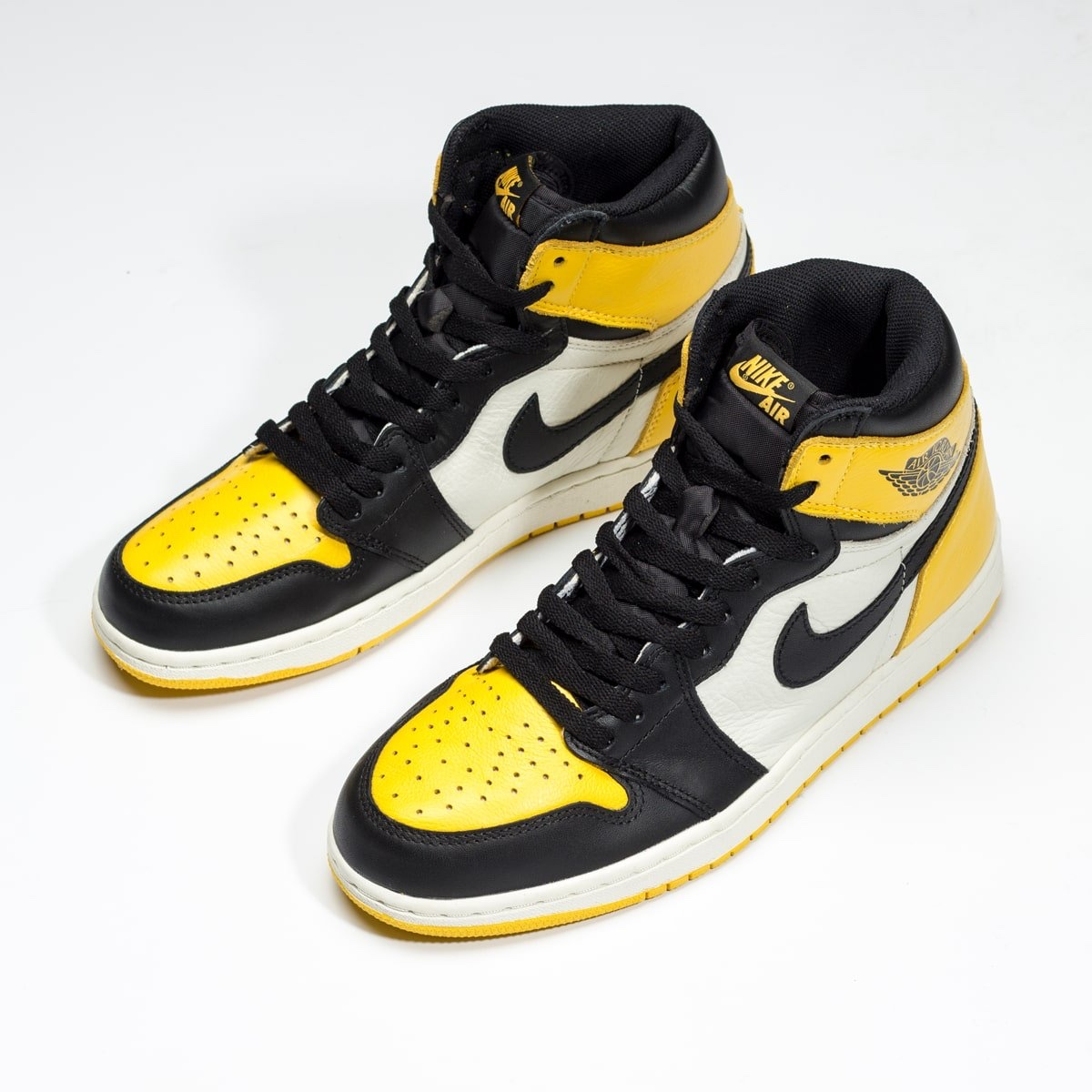 "Air Jordan 1 High ""Pollen"" gialle"