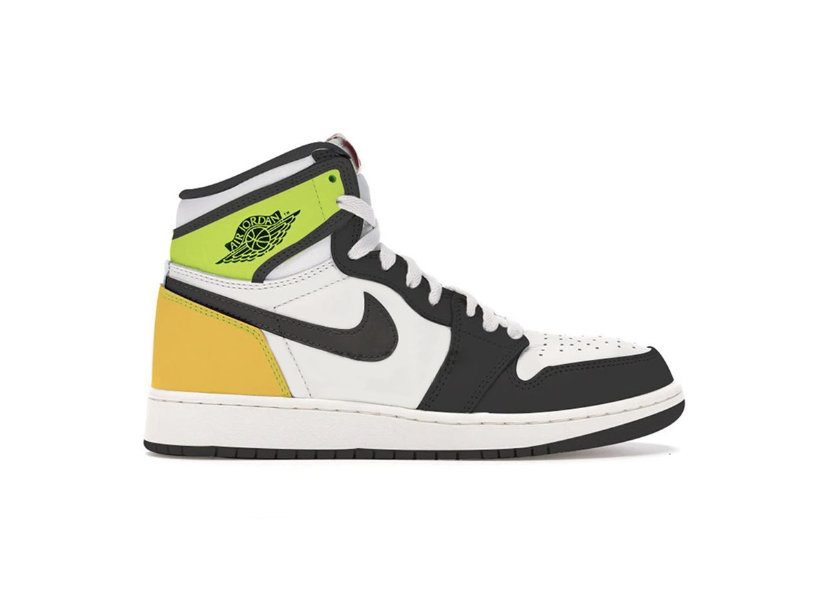 Air Jordan 1 High Volt