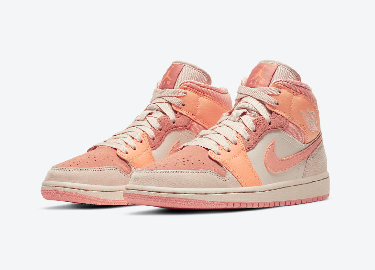 Air Jordan 1 Mid Atomic Orange