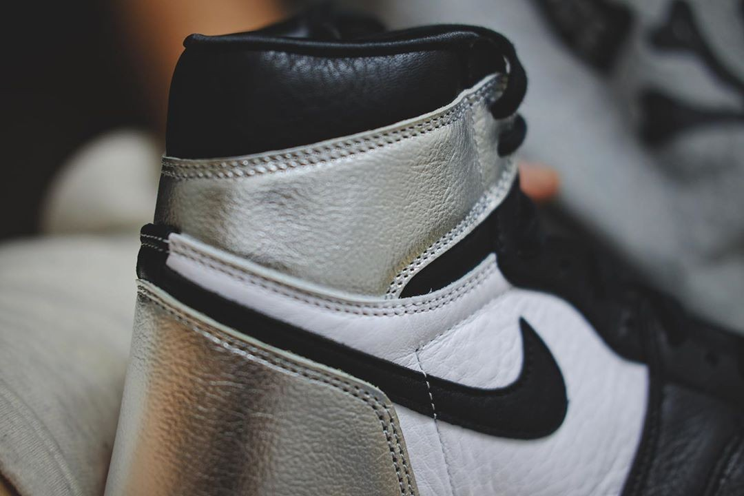"Air Jordan 1 High ""Silver Toe"""