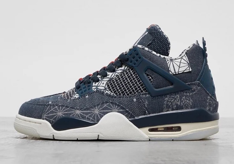 "Air Jordan 4 ""Deep Ocean"" denim side"