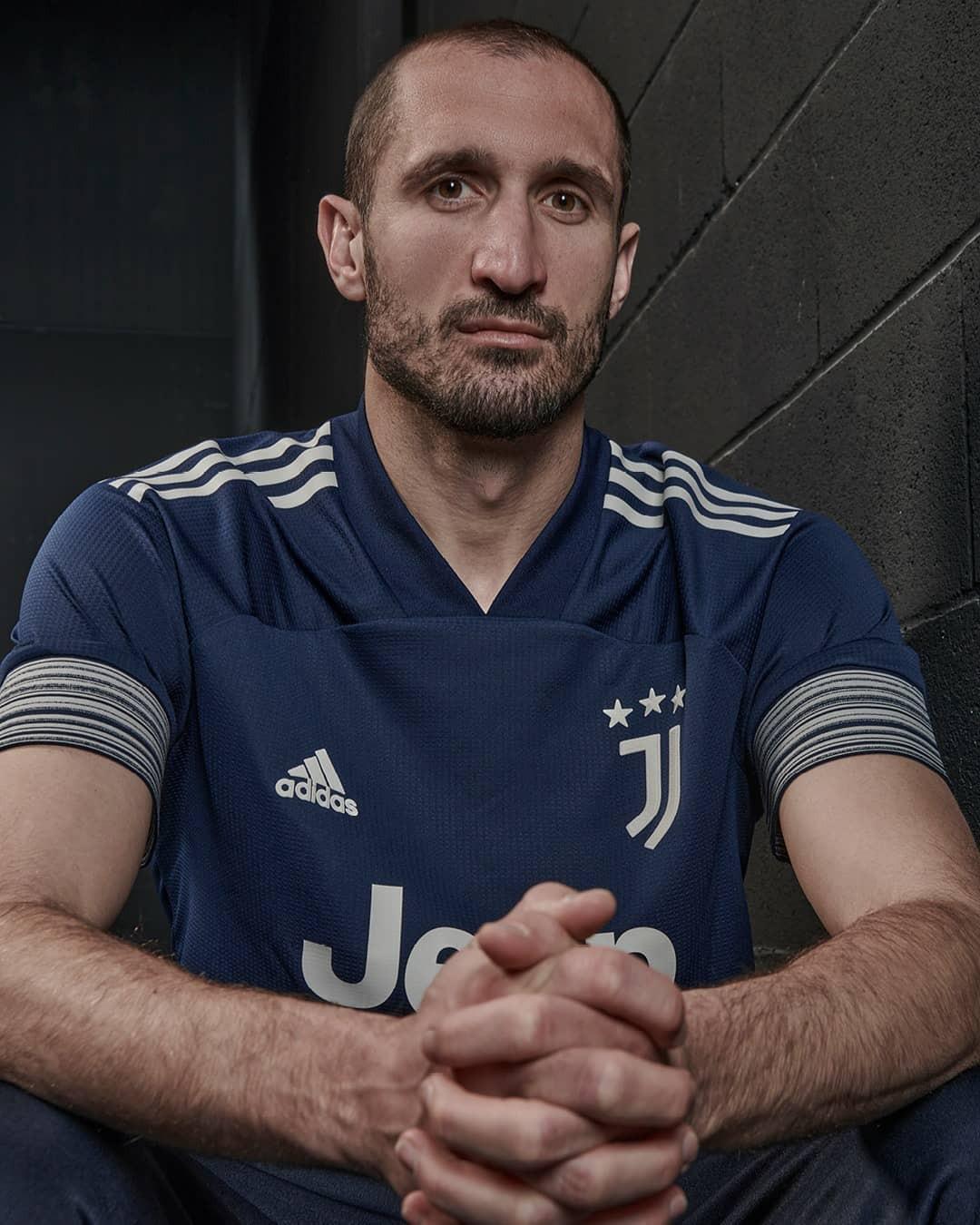 Away Kit Juventus 2020 2021 seconda maglia