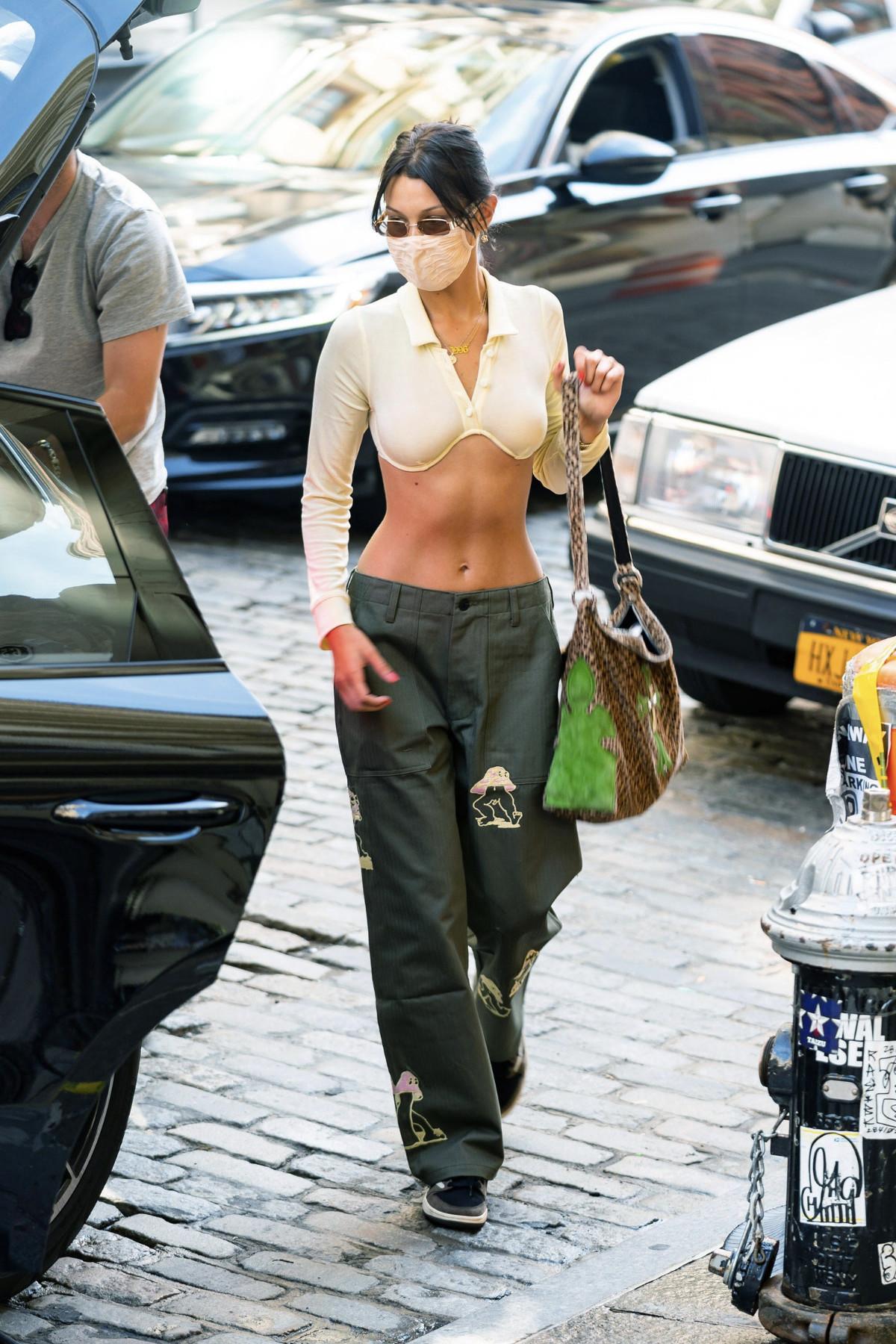 Bella Hadid streetwear