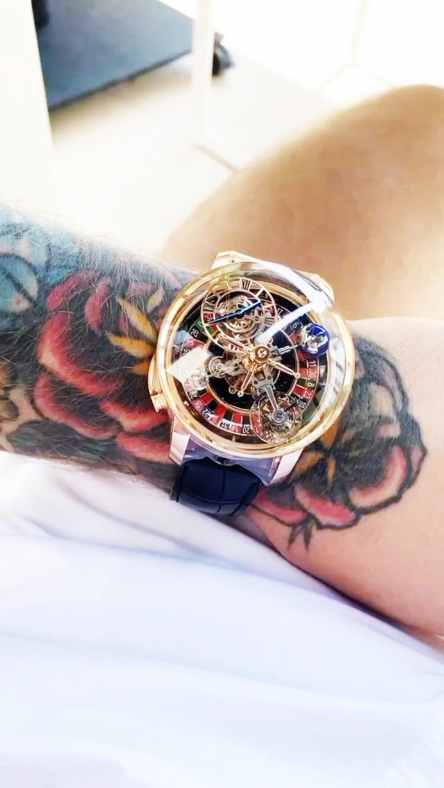 Conor McGregor nuovo orologio Astronomia Casino Jacob & Co.