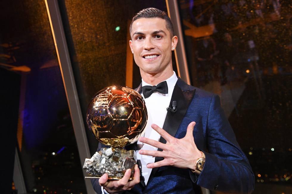 Cristiano Ronaldo premiazione pallone doro