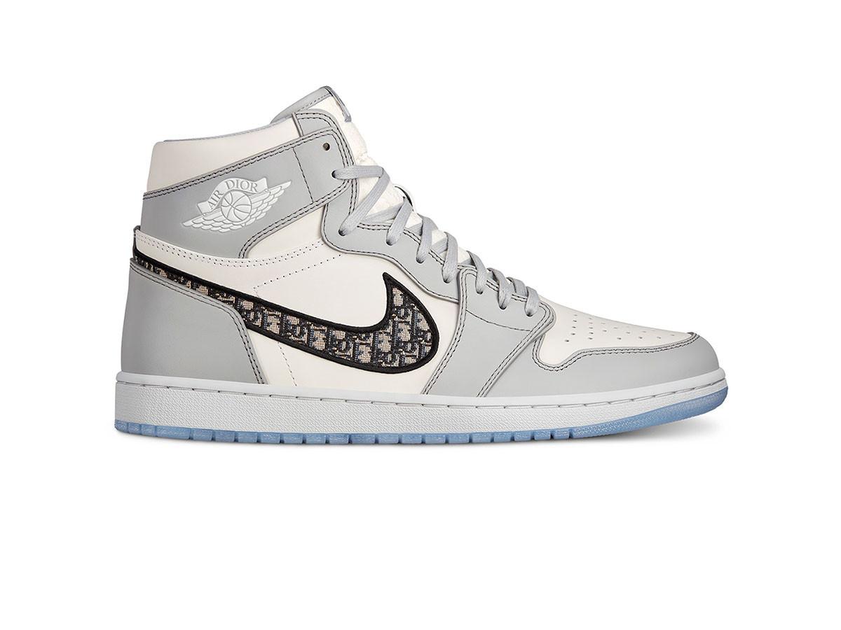 Dior x Air Jordan 1 High side