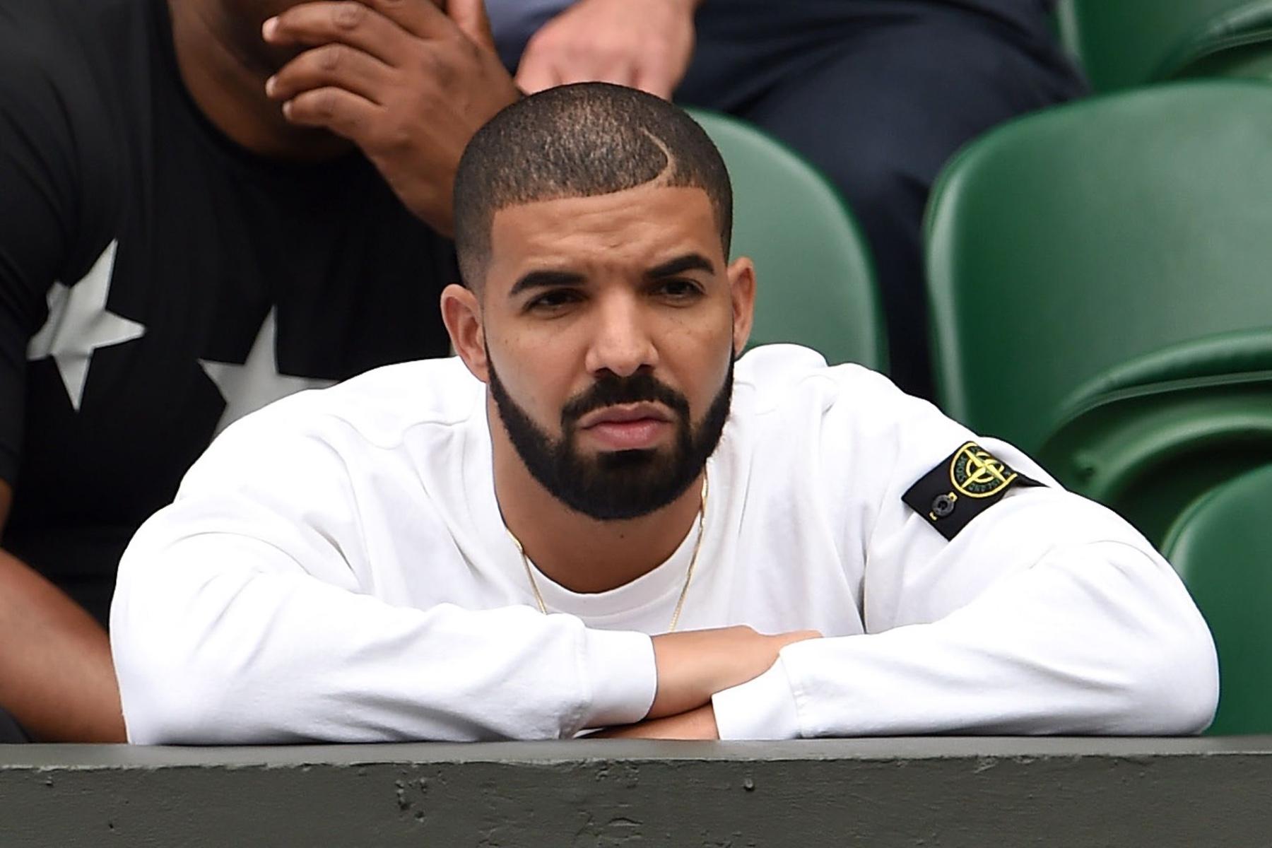 Drake indossa Stone Island