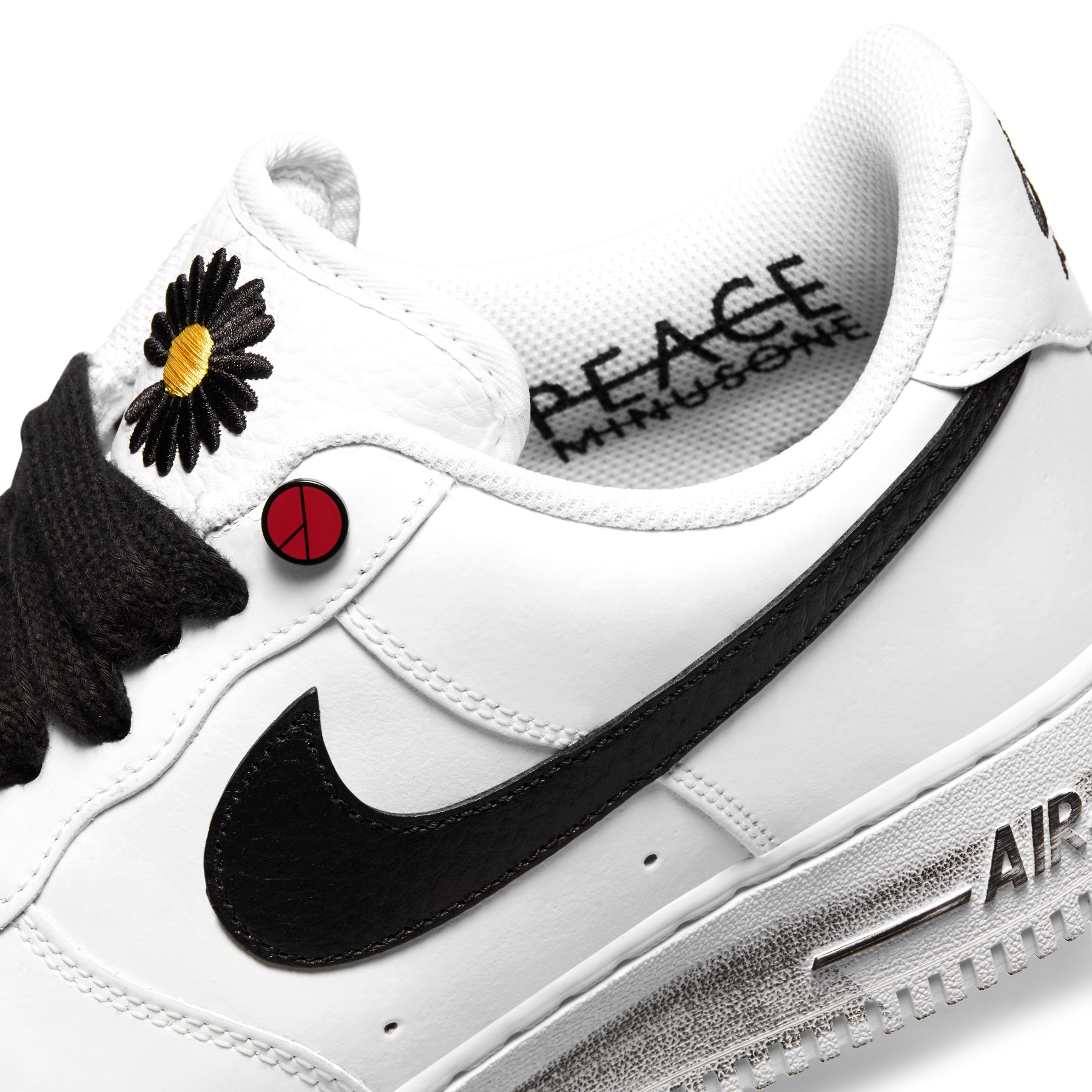 "G-DRAGON x Air Force 1 ""Para-noise"""