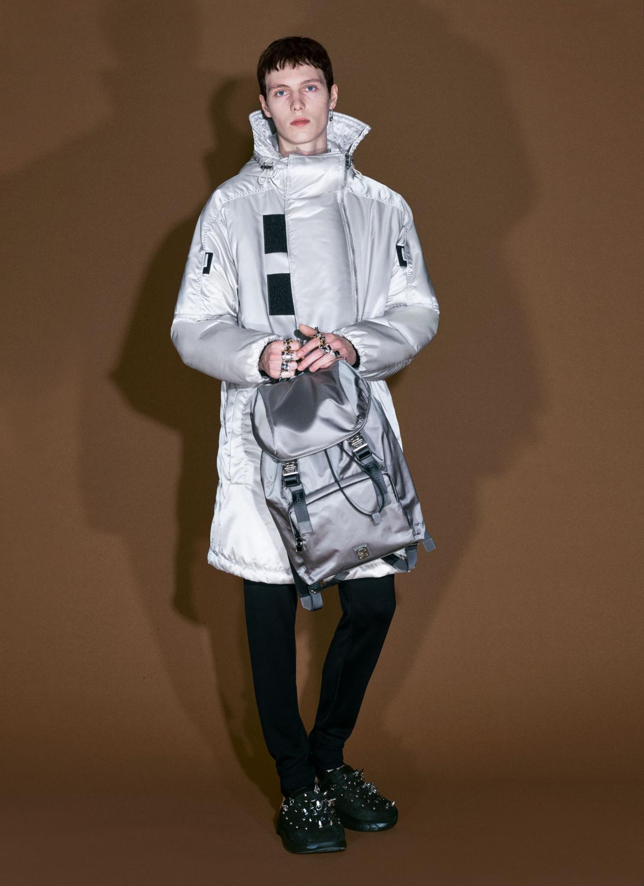 Givenchy Pre-Collezione Fall 2021
