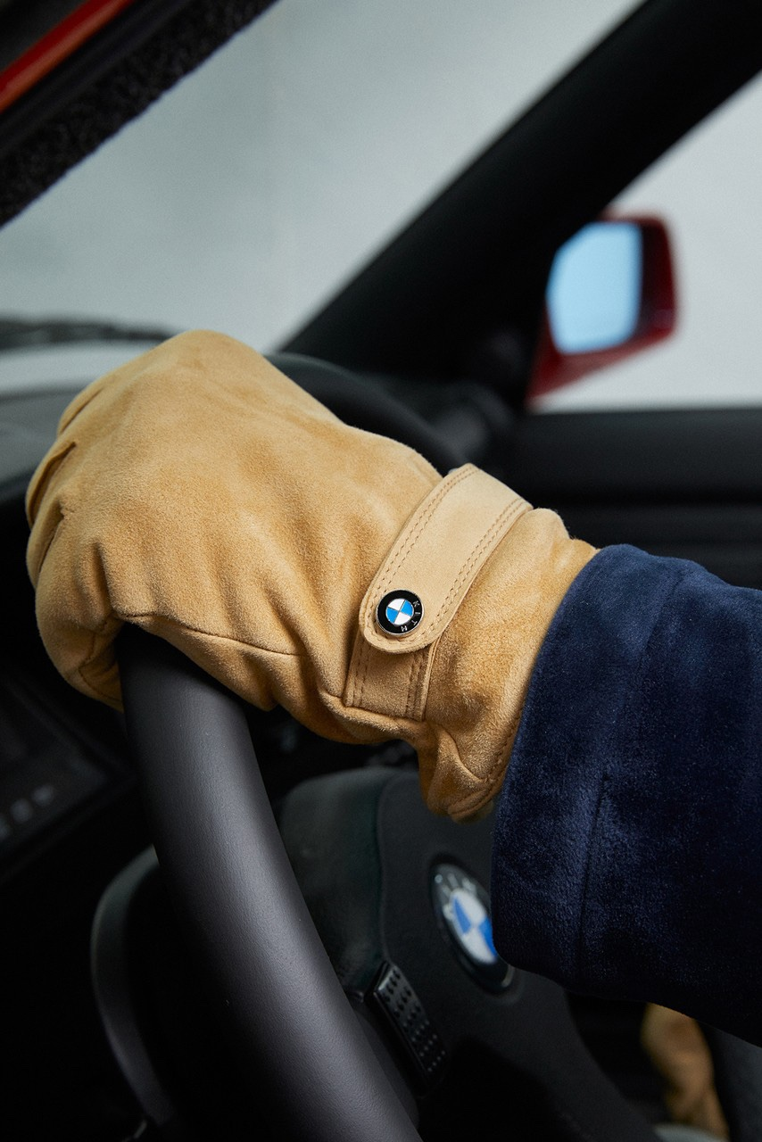 KITH x BMW guanti