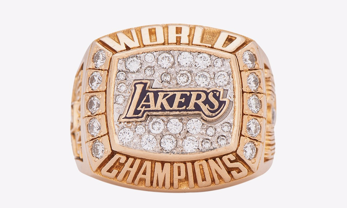 Kobe Bryants 2000 NBA Championship Ring