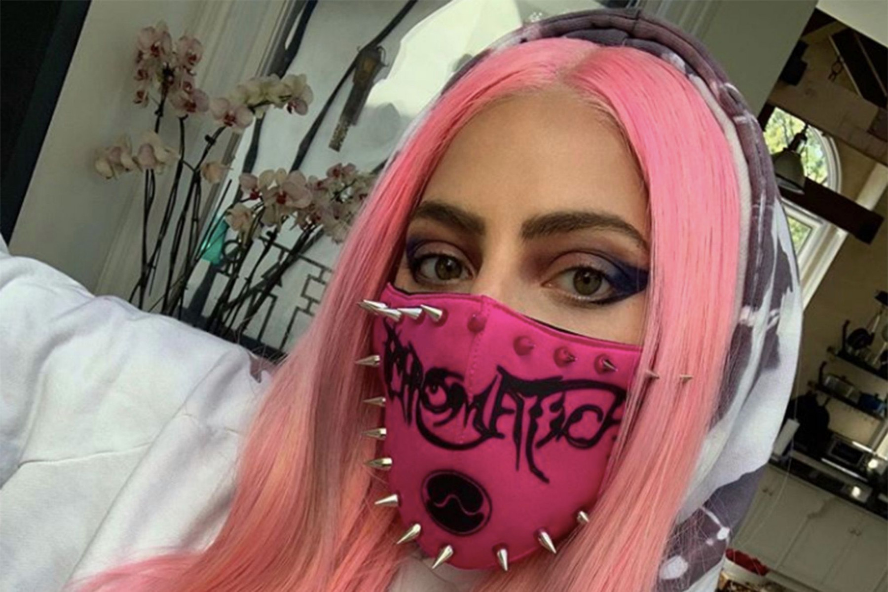 Lady Gaga mascherina