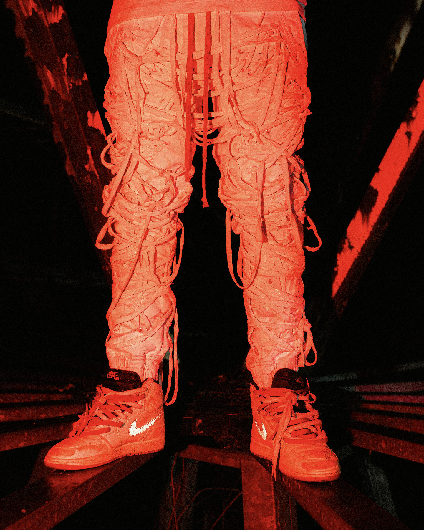 Lazza J video outfit Nike Air Max Lunar90 SP Moon Landing