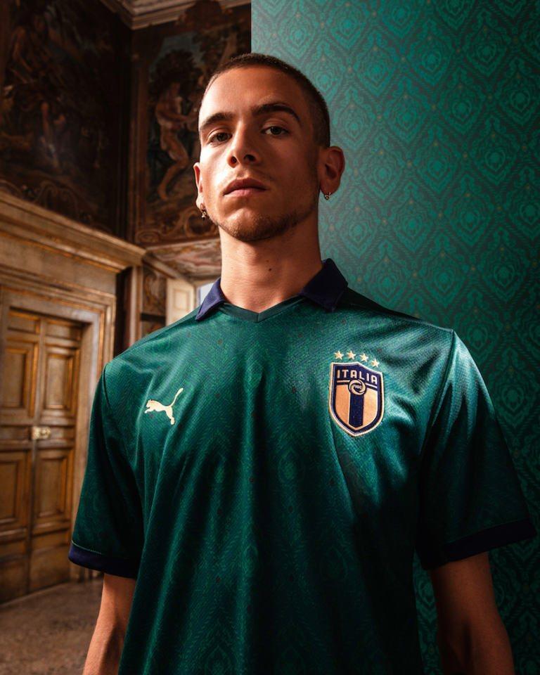 Maglia verde nazionale italiana