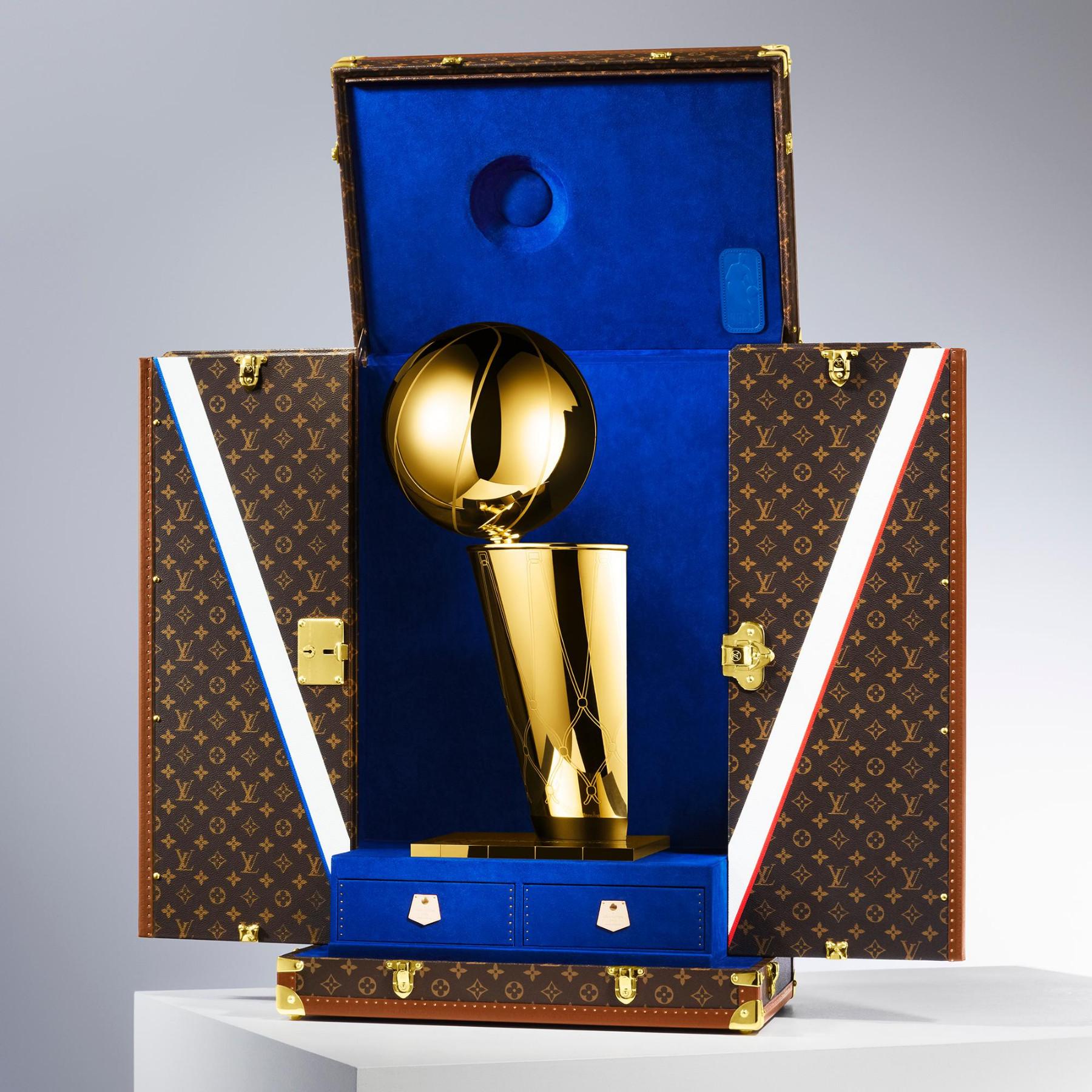 Louis Vuitton x NBA trofeo