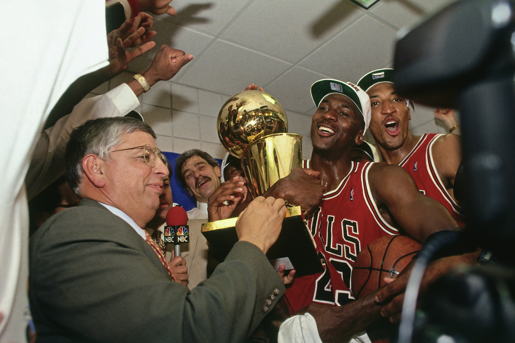 "Michael Jordan Chicago Bulls premiazione ""The Last Dance"""