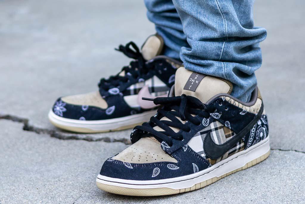 Nike Dunk Low SB Travis Scott