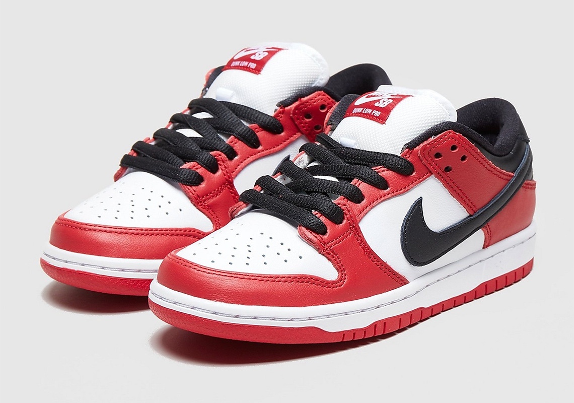 "Nike SB Dunk Low ""Chicago"" Release"