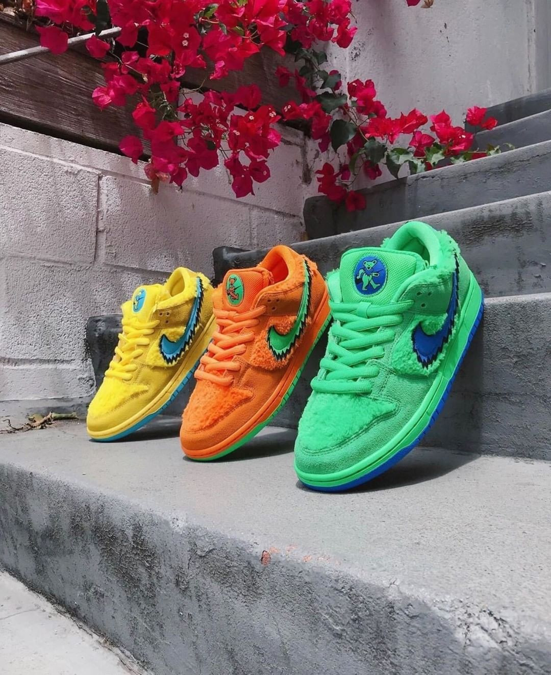 Nike SB Dunk Low Grateful Dead Opti Yellow, Bears Green e Bears Orange