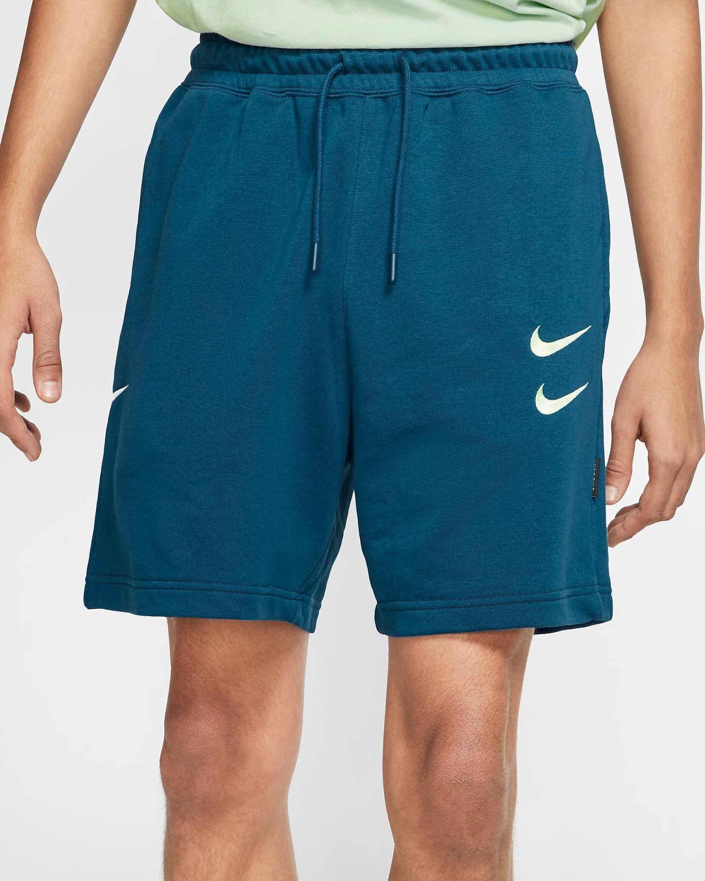 Nike Shorts in French Terry blu