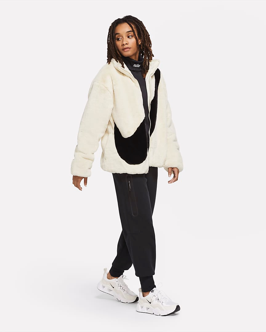 Nike giacca ecopelliccia Big Swoosh cream