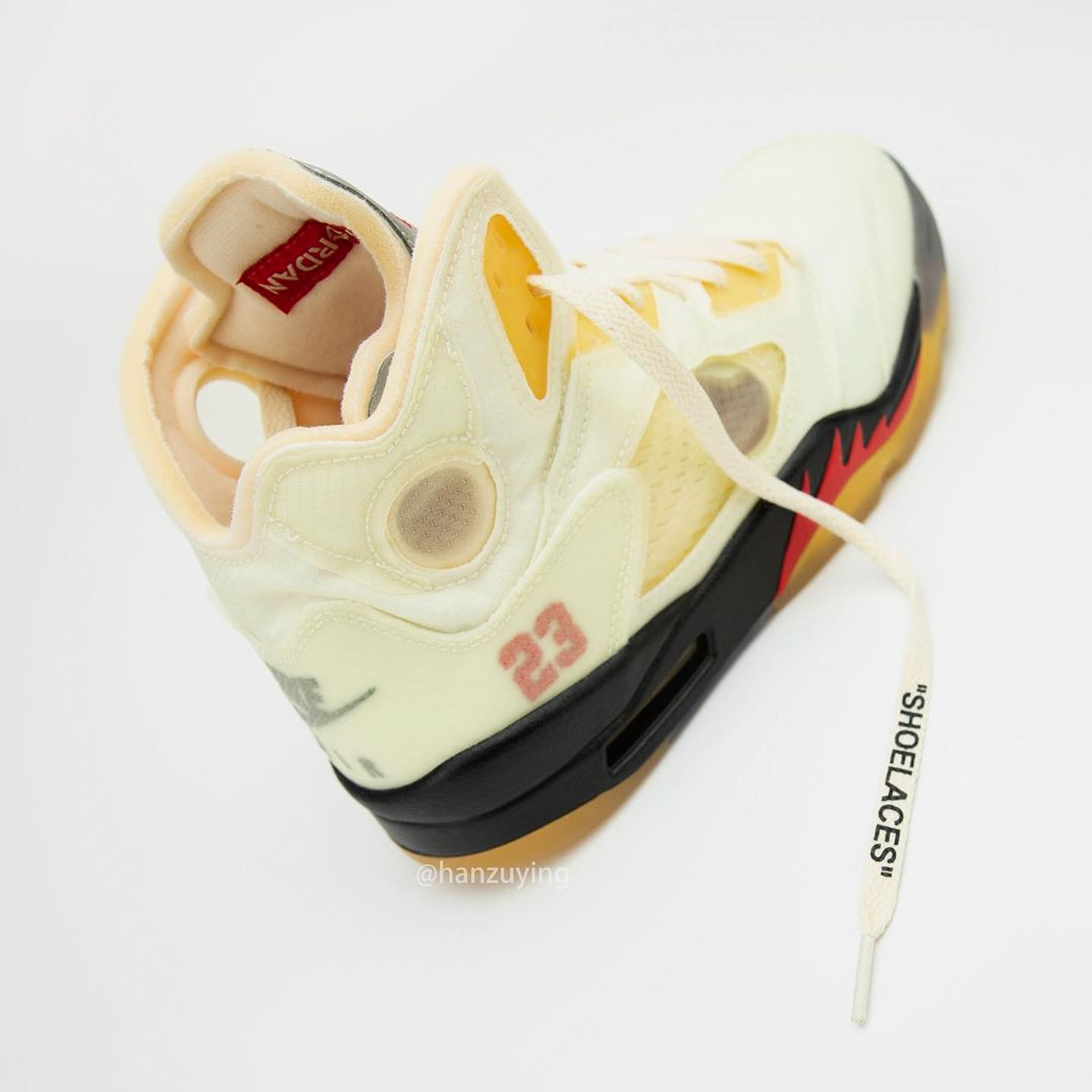 "Off-White x Air Jordan 5 ""Sail"" Stampa Shoelaces"