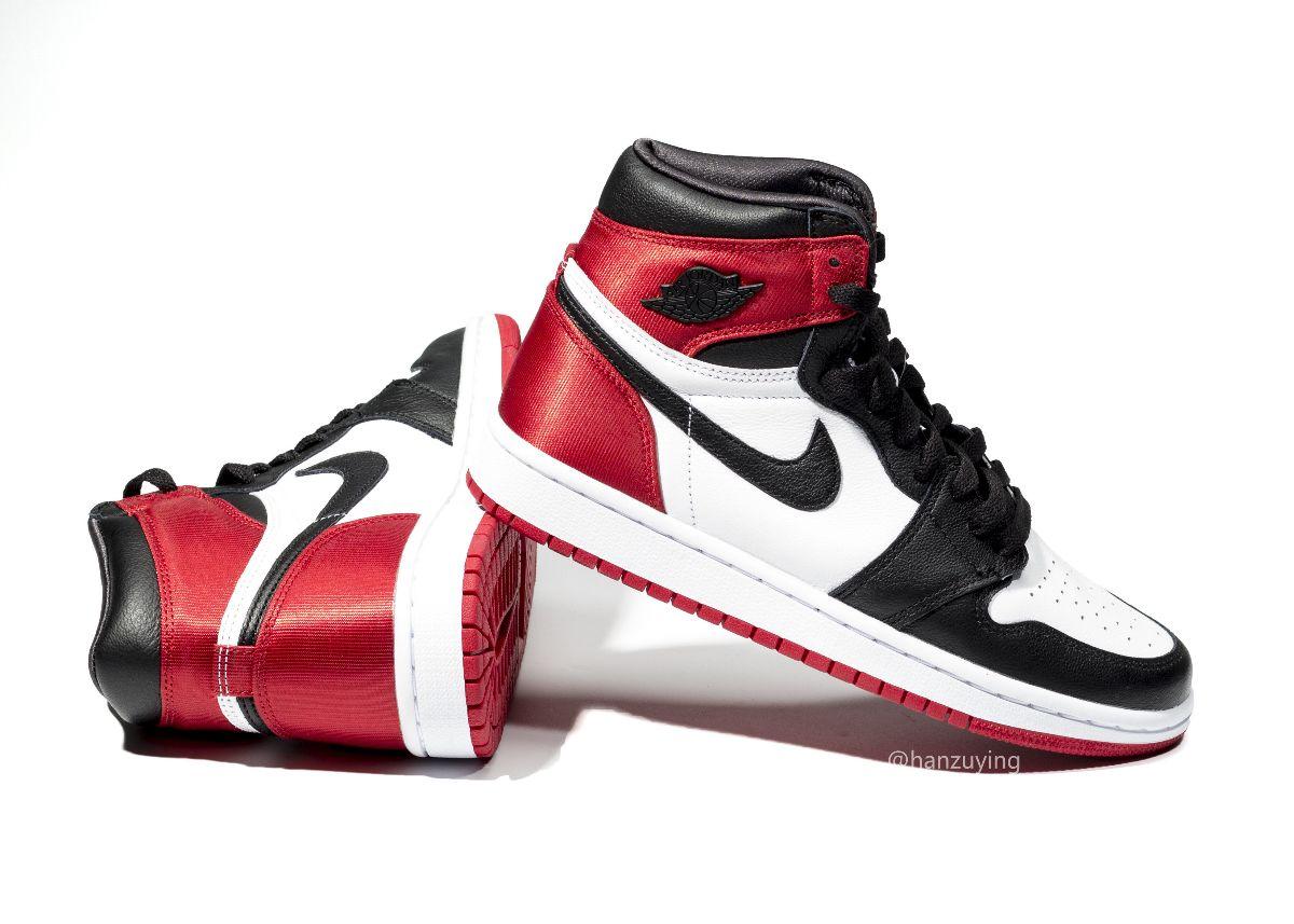 "La release delle Air Jordan 1 Satin WMNS ""Black Toe"" è stata"