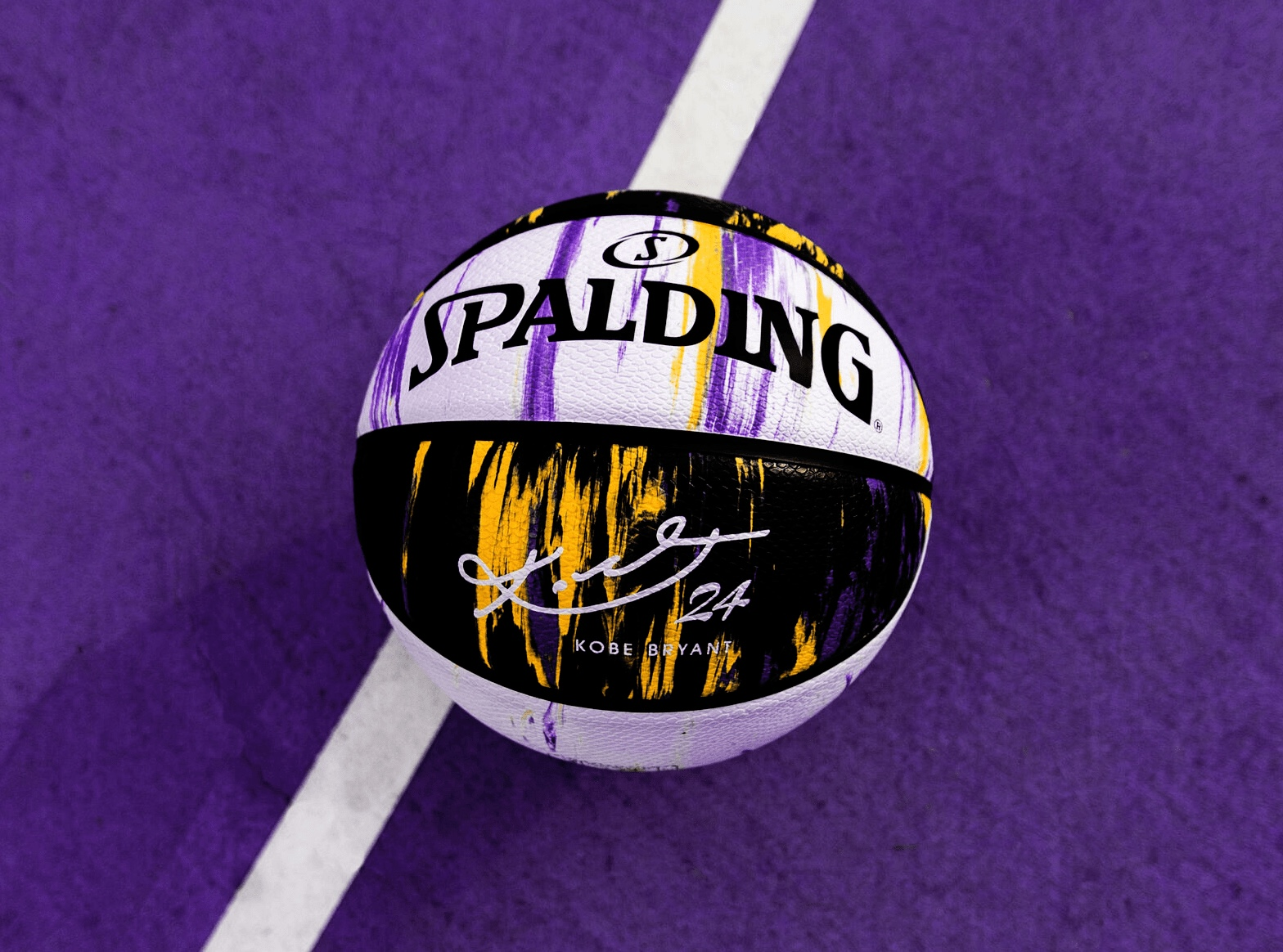 "Spalding Limited-Edition ""Kobe Marbled Snake"""
