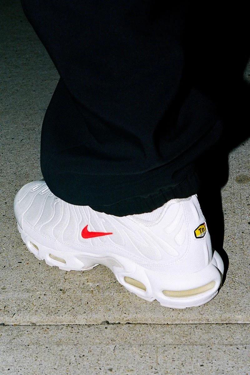 Supreme x Nike Air Max Plus white