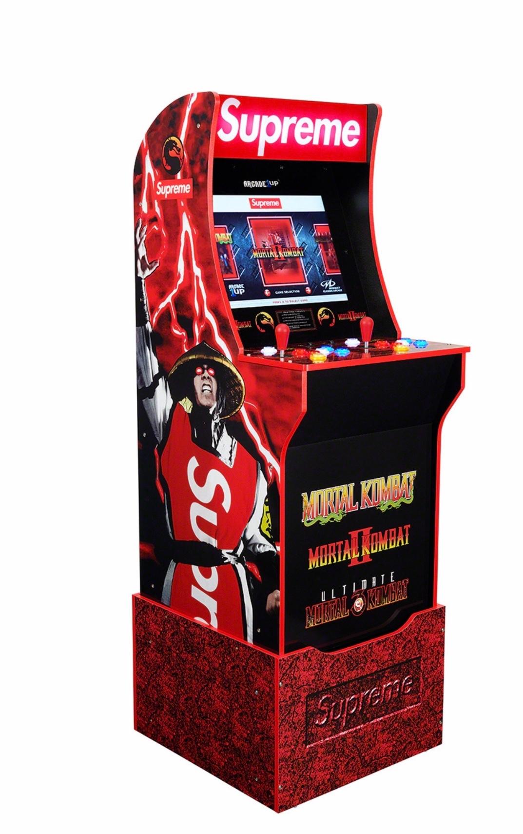 Supreme arcade game mortal kombat cabinato