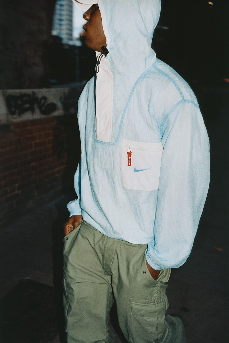 Supreme x Nike Anorak double face white FW20