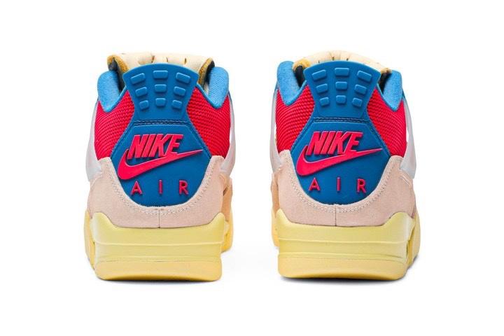 """Union LA x Air Jordan 4 """"Guava Ice/Fusion Red"""" intersuola effetto invecchiato"""
