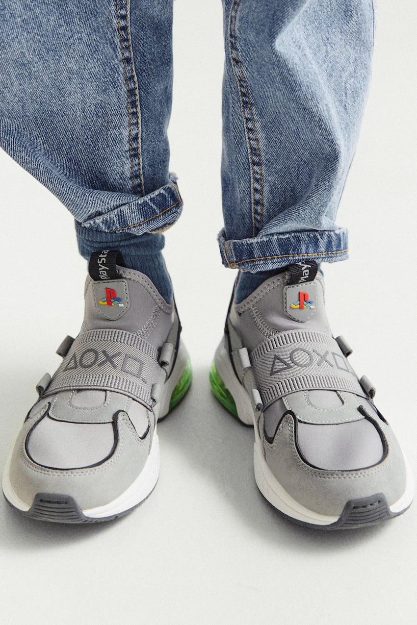 Sneaker Zara x Sony PlayStation onfeet