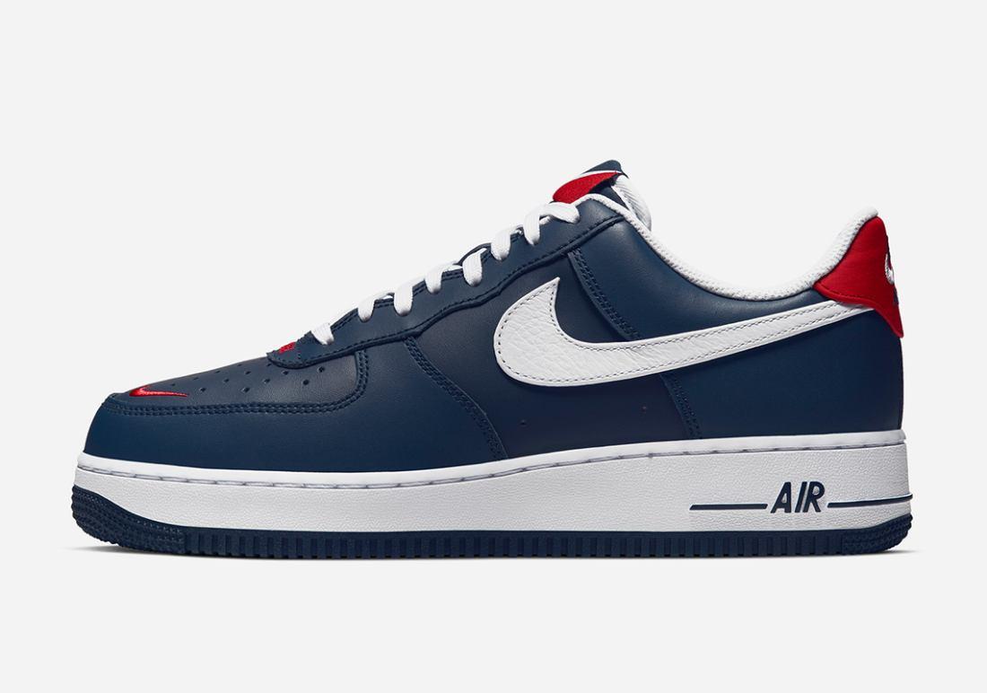 Nike rilascerà un paio di Air Force 1 ricoperte da Swooshes