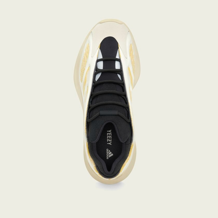 "adidas YEEZY 700 V3 ""Safflower"""