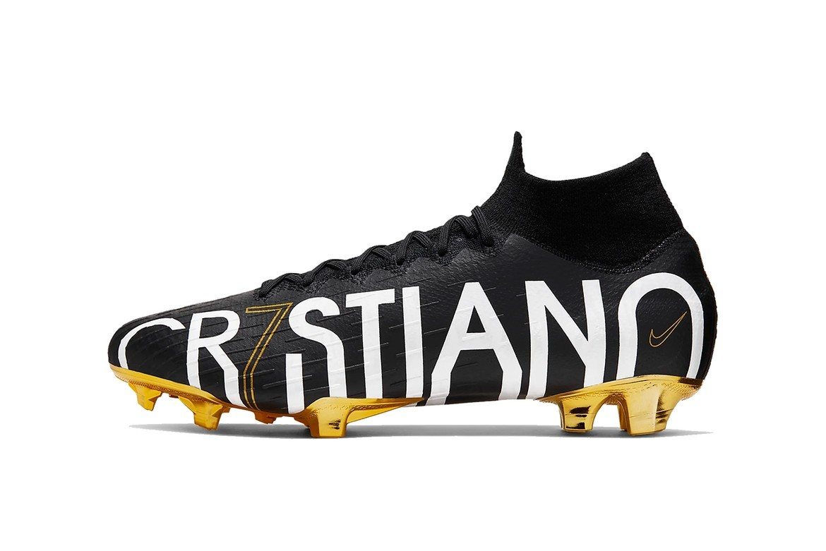 Cristiano Ronaldo Nike Mercurial Superfly black yellow