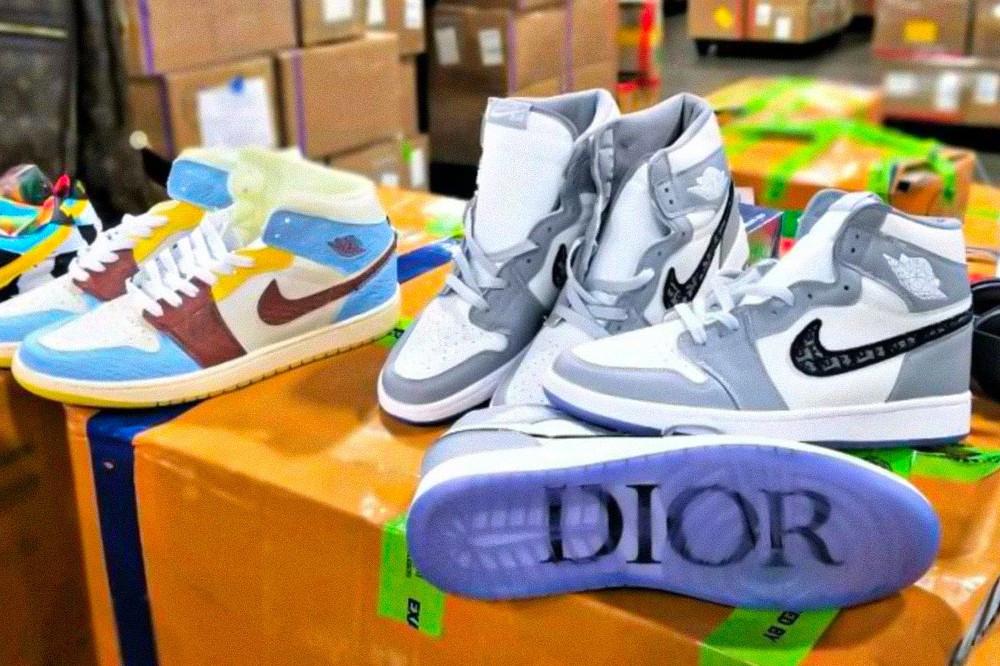 dior air jordan 1 fake sneakers