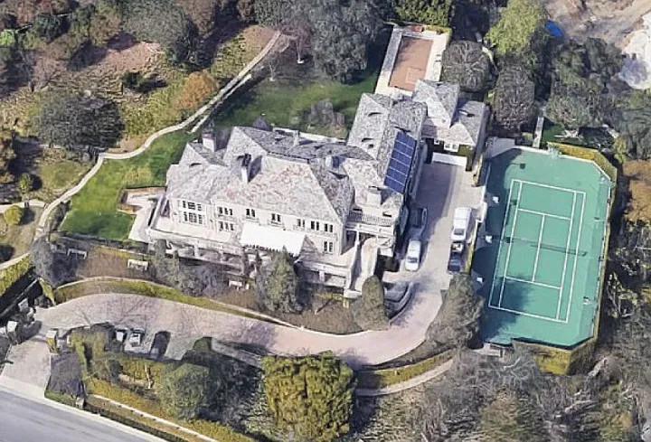 Elon Musk vende Bel Air Mansion