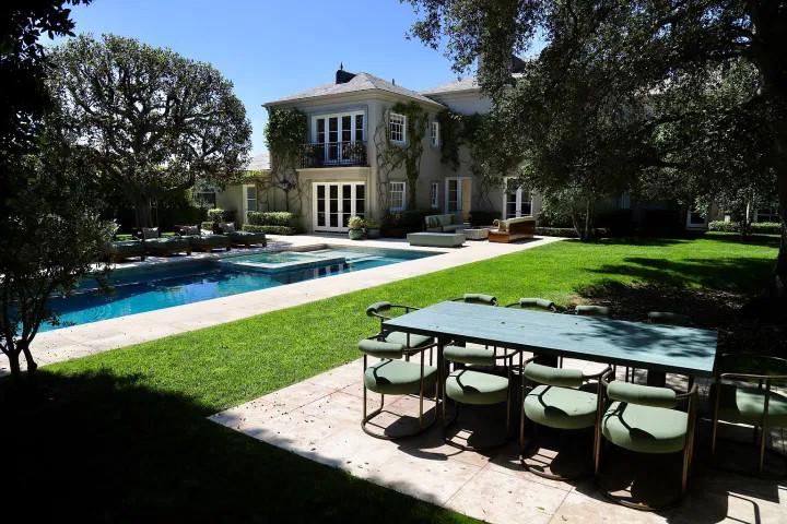 Bel Air Mansion in vendita