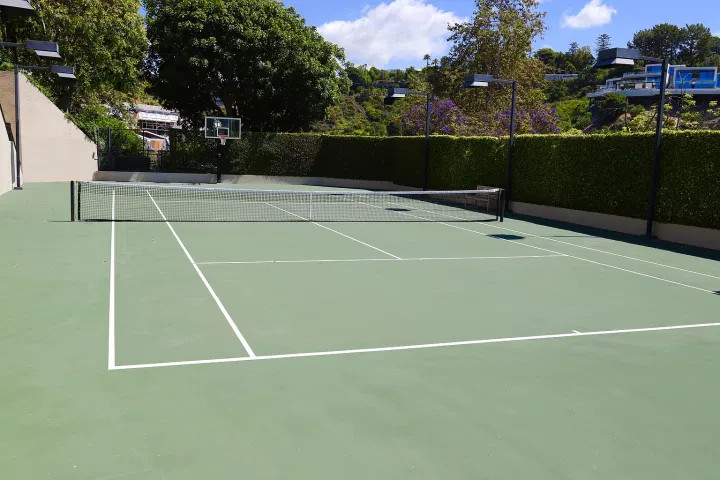Campo Tennis Bel Air Mansion Elon Musk