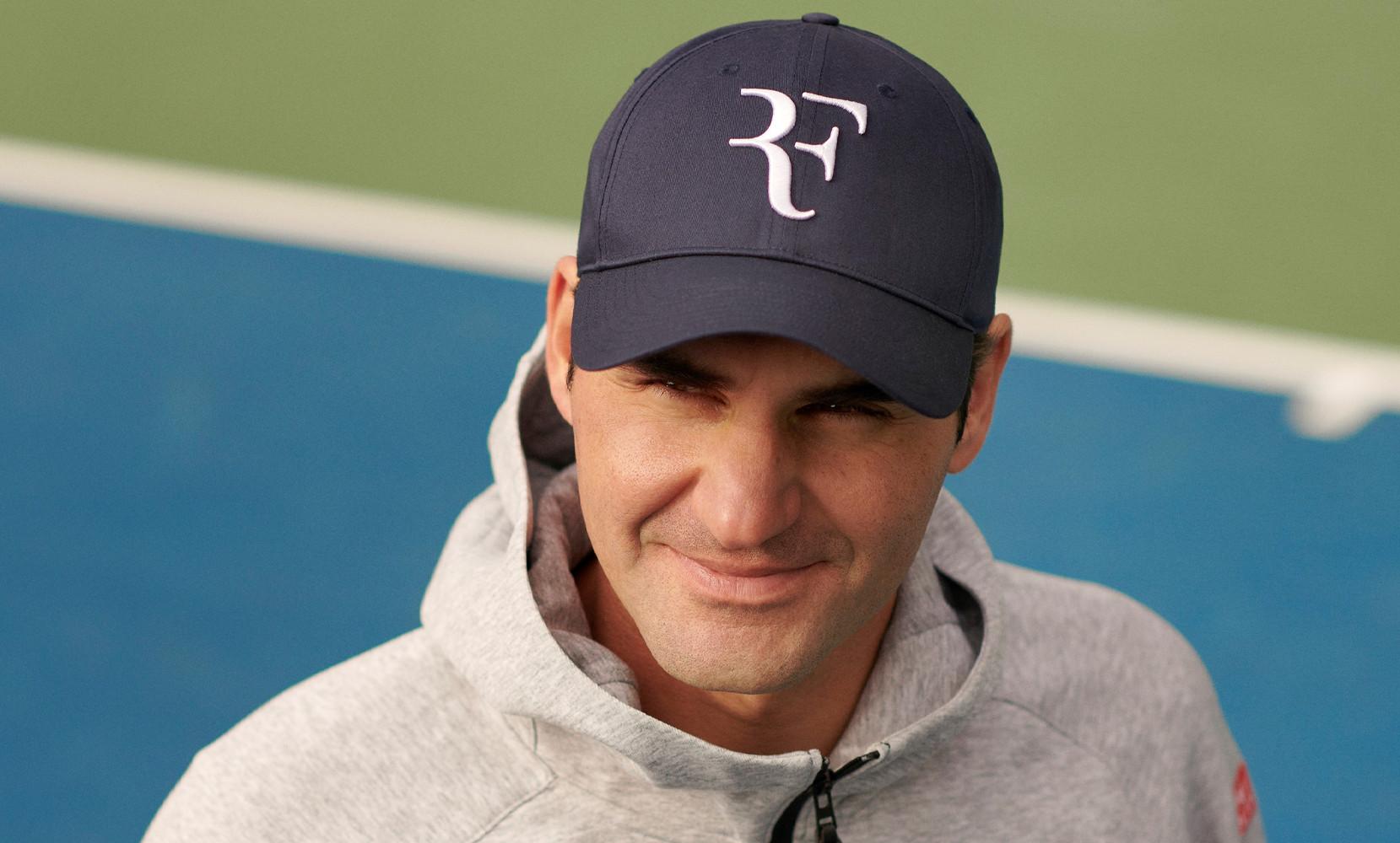 Federer UNIQLO RF Logo