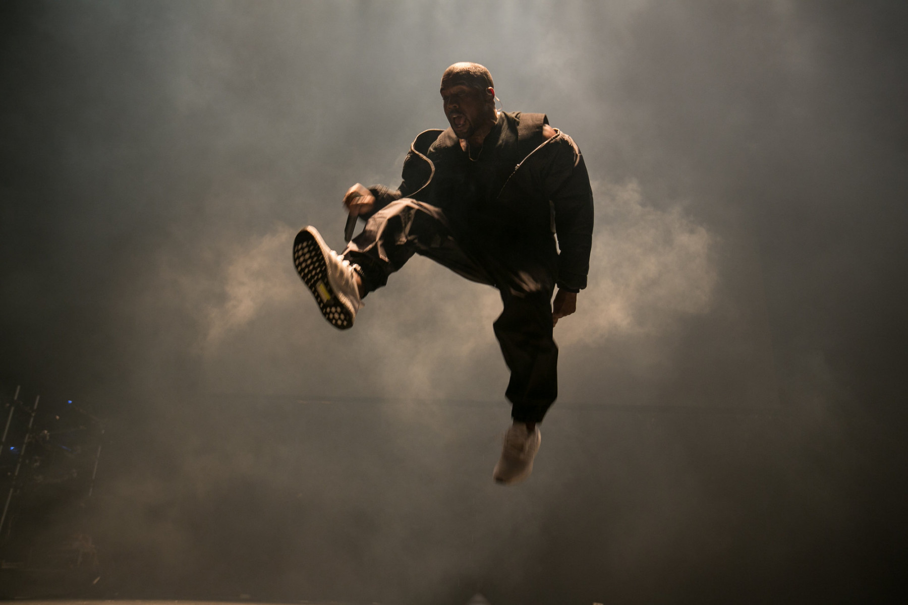 kanye-west-adidas-ultra-boost