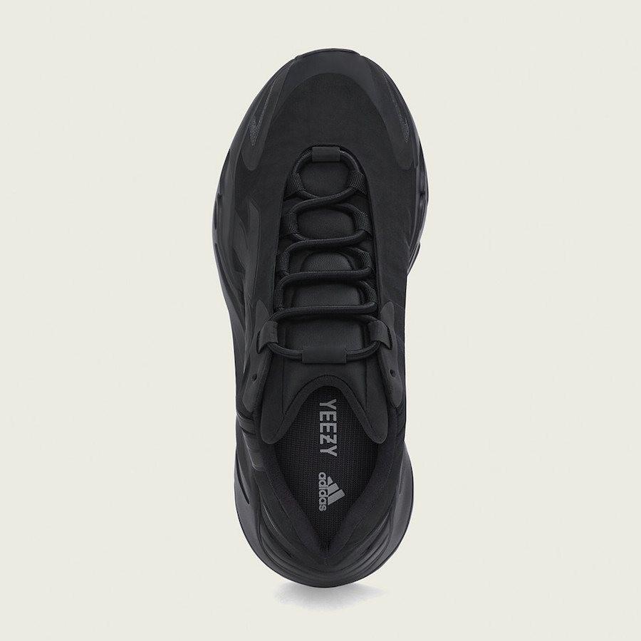 Adidas 700 Mnvn Triple Black