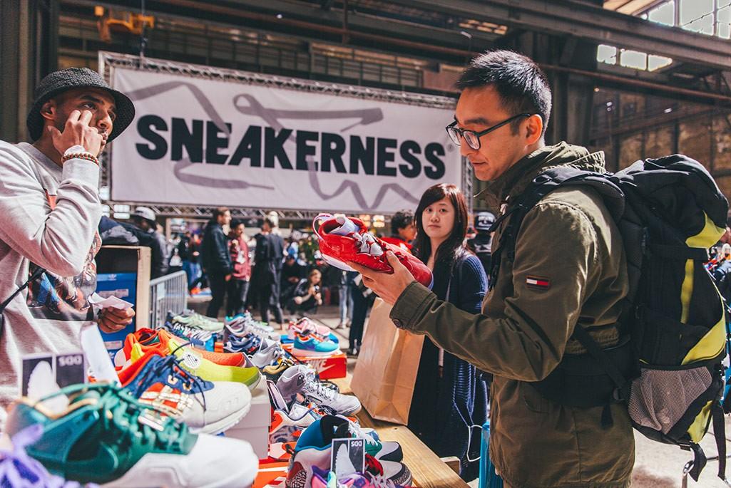sneaker market
